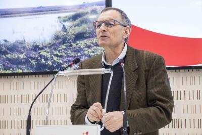 Víctor Viñuales.