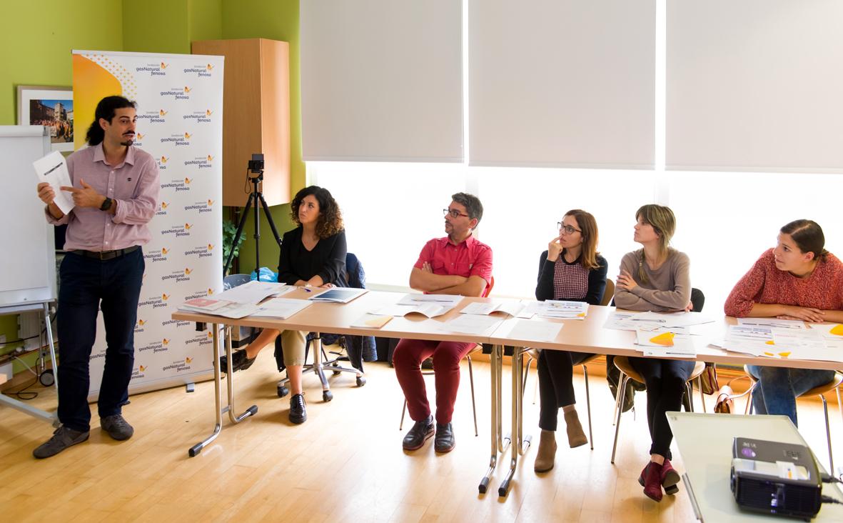 Una sesión de formación de la Escuela de Energía de la Fundación Gas Natural Fenosa en Santiago de Compostela.