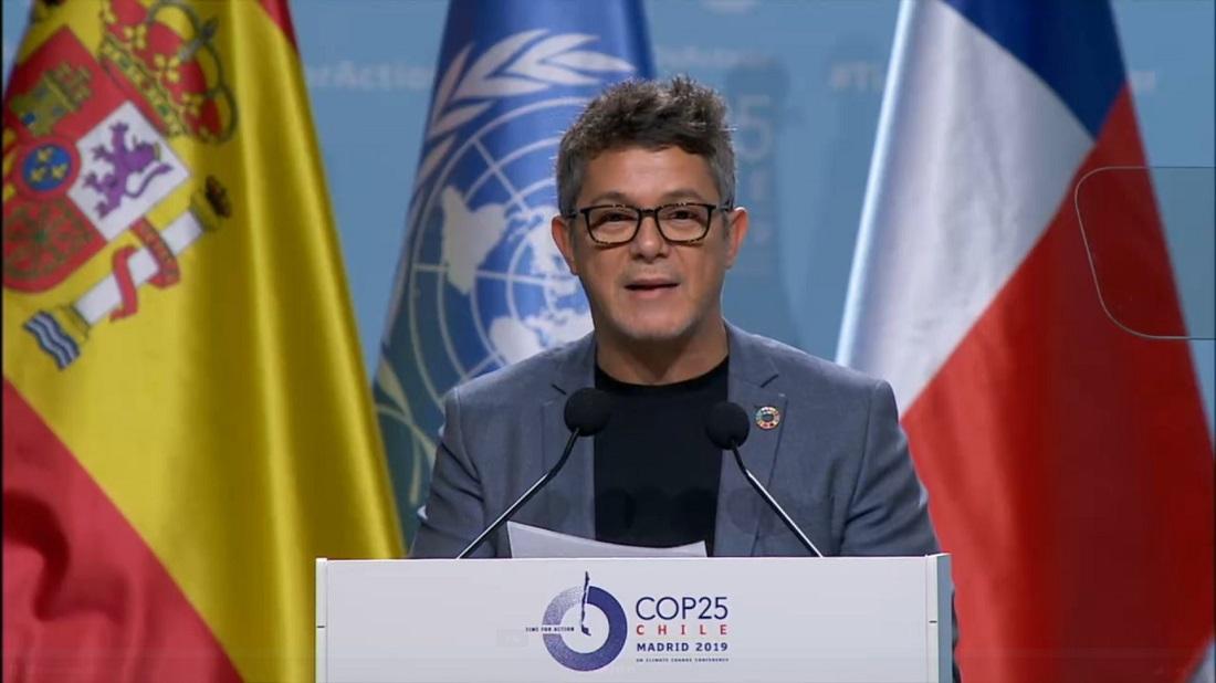 El cantante Alejandro Sanz durante su discurso en la COP25