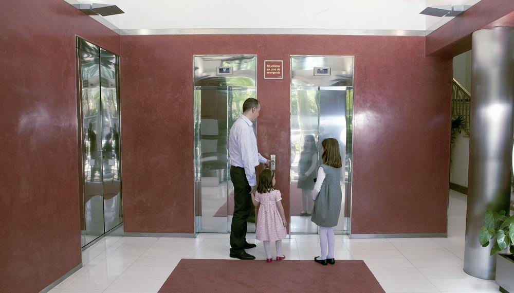 Los beneficios de instalar un ascensor en la comunidad de vecinos son muy importantes.