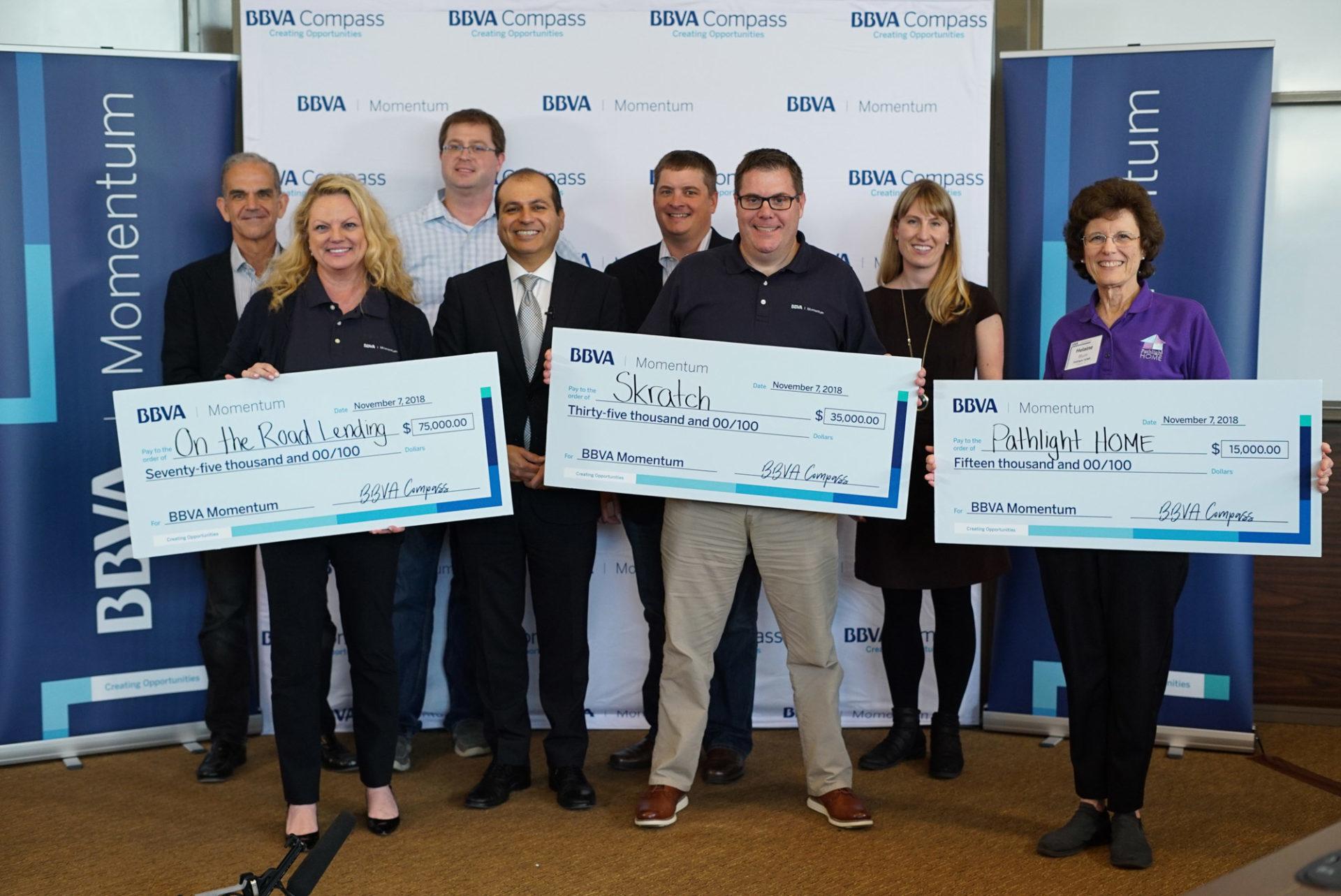 BBVA Momentum en EEUU premia a las tres empresas sociales con mayor potencial con un premio en metálico.