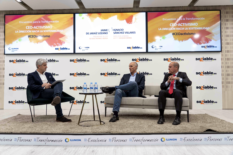 Ignacio Sánchez y Jaime de Jaraíz, durante el encuentro moderado por Chema Doménech.