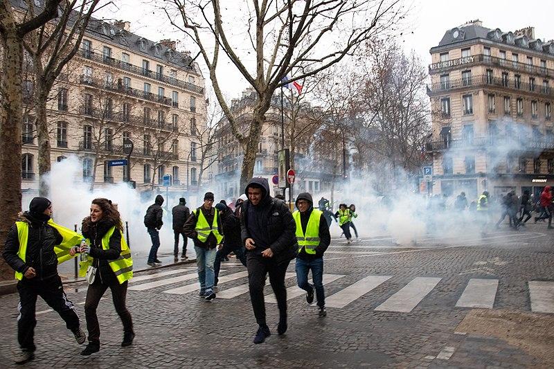 La imposición de una ecotasa fue el detonante de la revolución de los chalecos amarillos en Francia