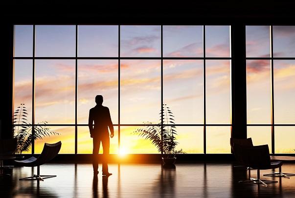 Muchos ejecutivos se enfrentan a decisiones que afectan a miles de trabajadores.