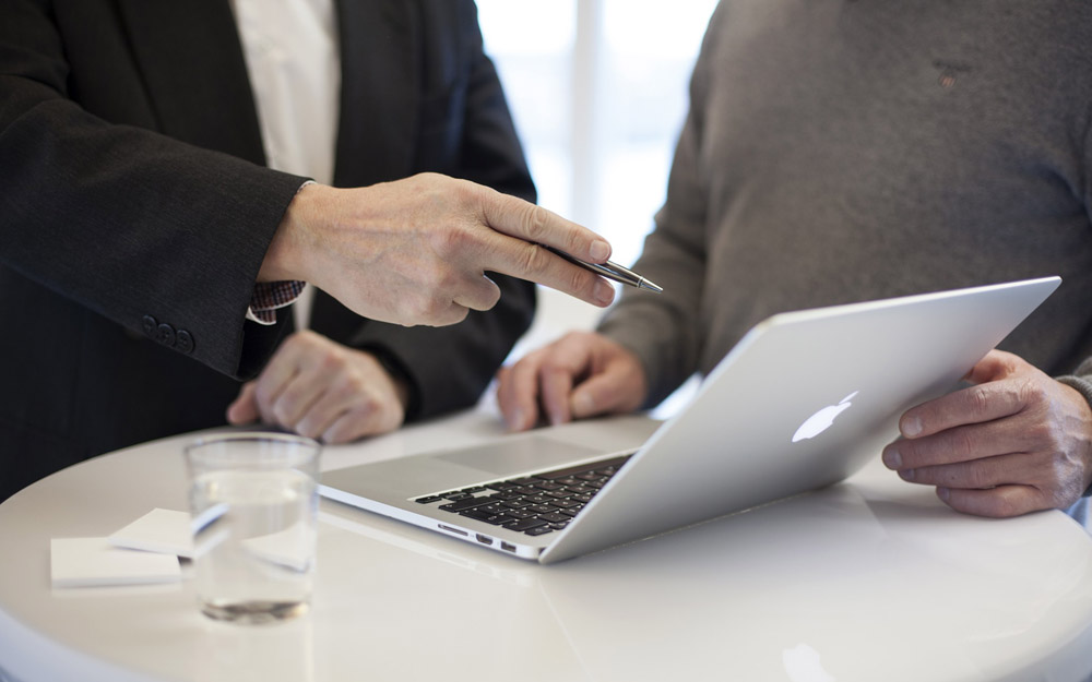 Informar directamente al director ejecutivo facilita en gran medida el trabajo del director de sostenibilidad