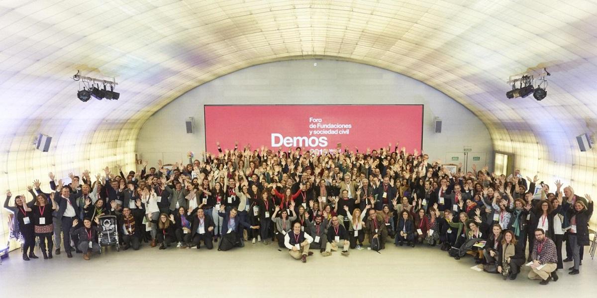 Foto de familia de ponentes y participantes en Demos 2019