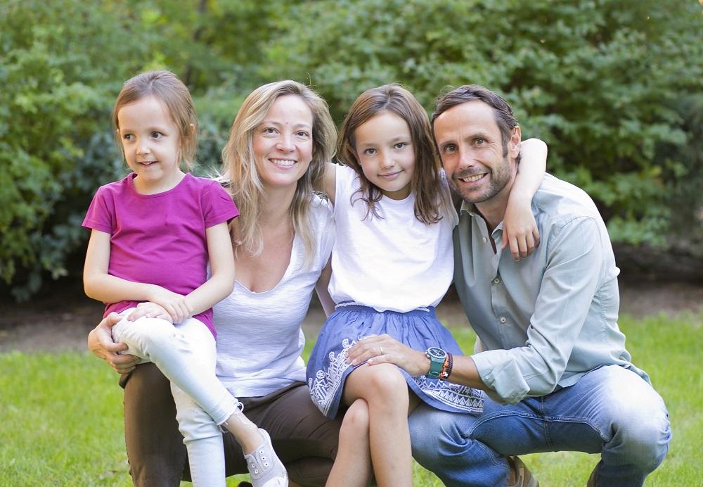 Familia de Nieves Merino, teletrabajadora y madre de una hija con discapacidad intelectual.