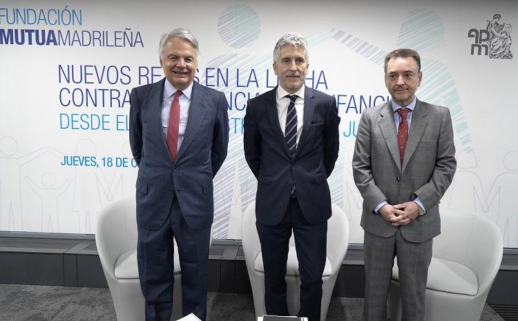 De izda. a dcha.: Ignacio Garralda, Fernando Grande-Marlaska y Manuel Almenar. (Foto: FMM).