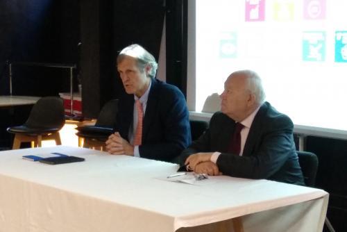 Ignacio Pi, responsable global de Mediapost, y Miguel Ángel Moratinos, presidente de REDS, en el II Desayuno ODS.