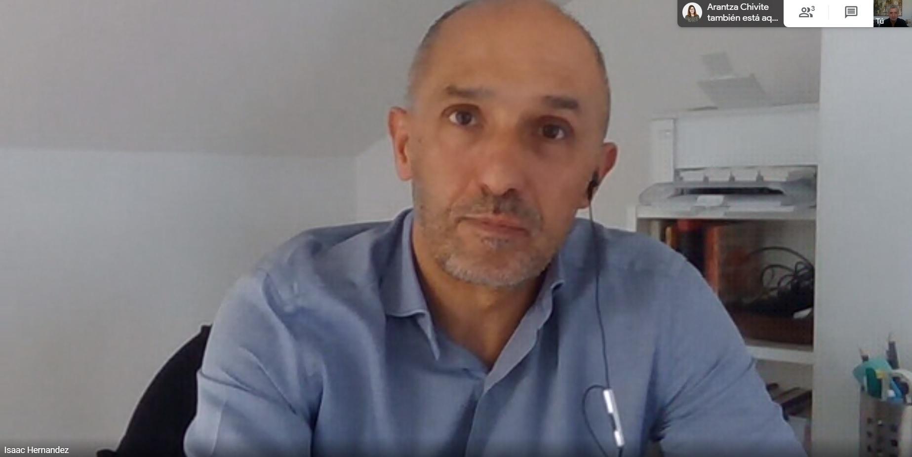 Isaac Hernández durante su entrevista con Soziable.es