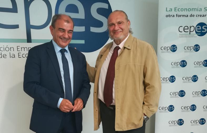 Juan Antonio Pedreño y Peru Sasia tras la firma del acuerdo.