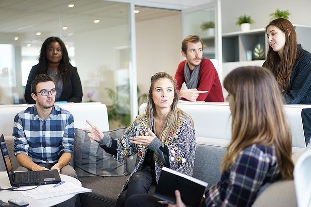 Uno de los principales problemas de los jóvenes en la actualidad es el empleo