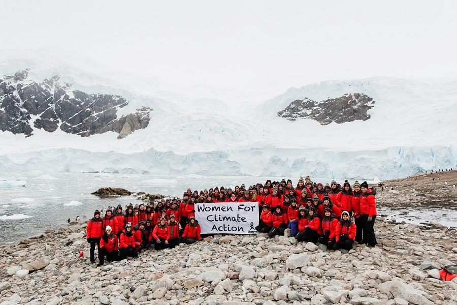 Mujeres contra el cambio climático participantes en Homeward Bound 04.