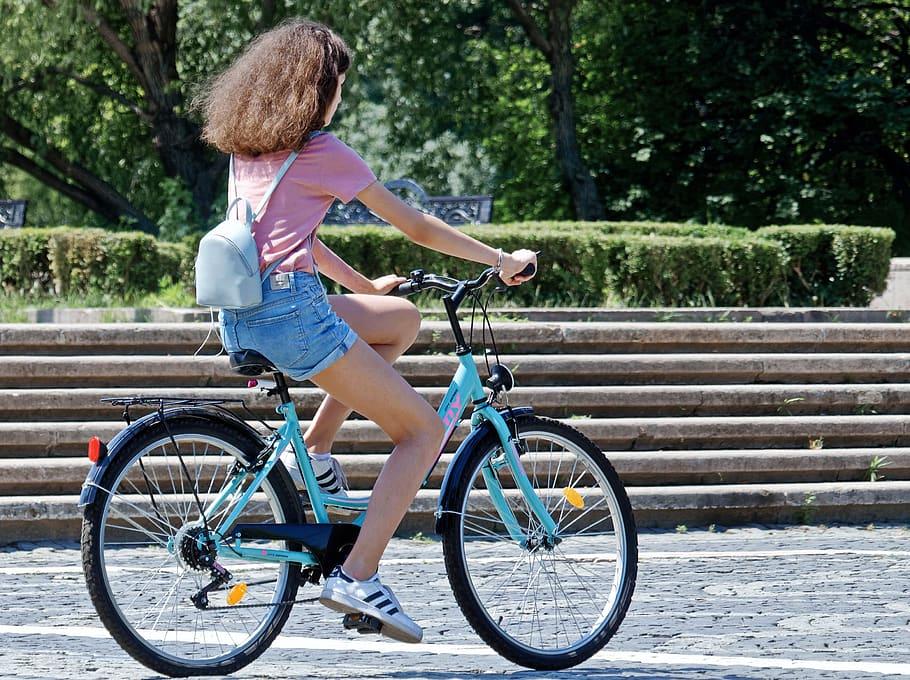 Norauto ha ampliado su catálogo con bicicletas y patinetes eléctricos.