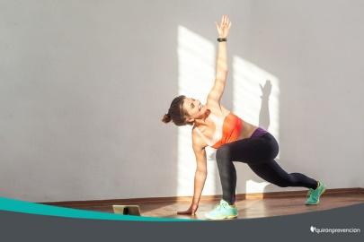 Lo ideal sería que cada una o dos horas se pudiera realizar cinco minutos de actividad física guiada.