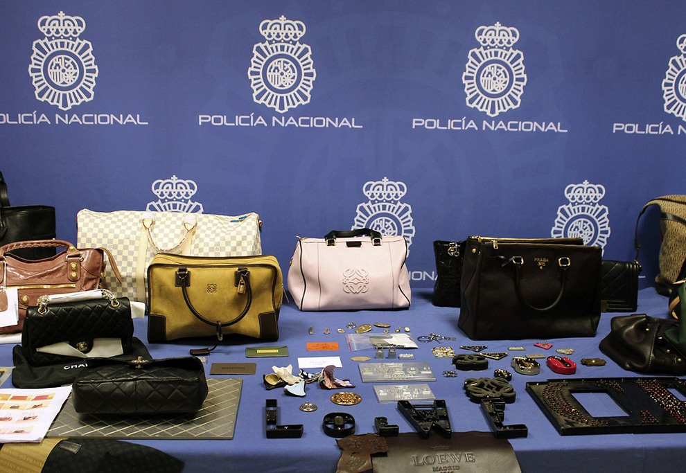 Productos falsificados incautados por la Policía (Foto: Policía Nacional).