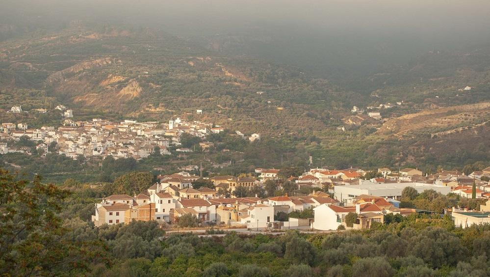 El Valle del Lecrín tiene 22.500 habitantes repartidos en ocho pequeños municipios. (Foto: Red Eléctrica)