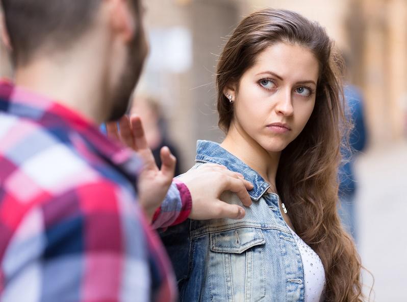 Intermón Oxfam acaba de publicar el informe 'Rompiendo Moldes' relativo a la violencia machista entre jóvenes.