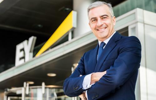 David Samu, responsable de la práctica de Estrategia y Operaciones para la Región Mediterránea de EY-Parthenon.
