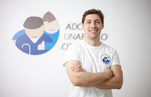 Alberto Cabanes, CEO de Adopta Un Abuelo.