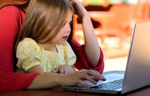 Empresas educativas ofrecen sus herramientas online gratis por la crisis del coronavirus.