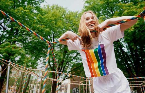 Campaña LGBTQIA+U+ME, con las colecciones Genderless y Pride
