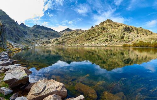 Vista del pico Almanzor, en Gredos.