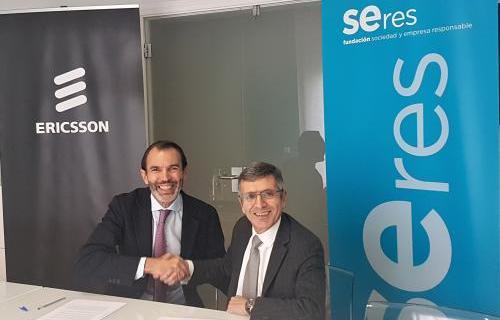 José Antonio López, CEO de Ericsson España, y Francisco Román, presidente de la Fundación Seres.
