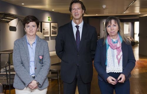 De izda. a dcha.: Mercedes Navío, Ramón Frexes y Maribel Rodríguez