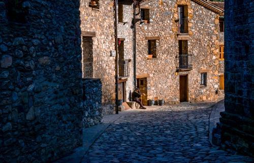 Holapueblo ayuda a emprendedores a instalarse en la España vacía.