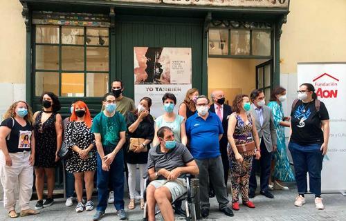Artistas participantes en la exposición 'Yo También'