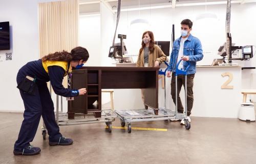 Clientes revenden a Ikea una mesa de escritorio en el marco del Green Friday.