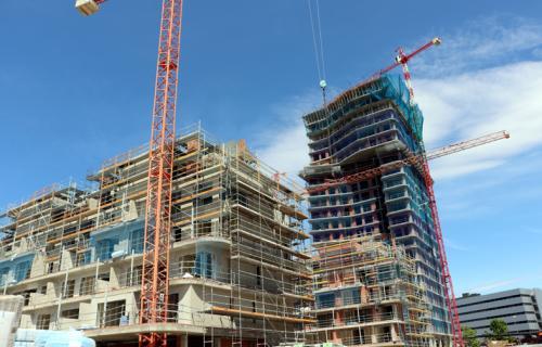 Torre Australis, en construcción.