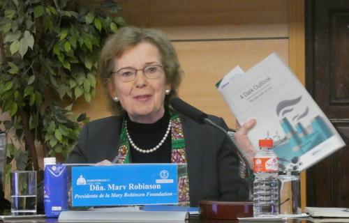 Mary Robinson, durante la presentación del informe 'Un oscuro panorama', del IIDMA