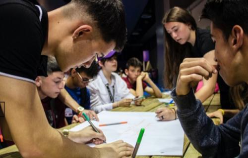 Educación, inclusión digital, innovación y emprendimiento son las bases de Orange Digital Center