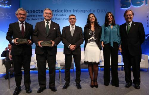 Foto de los galardonados en la 9ª edición de los Premios Seres