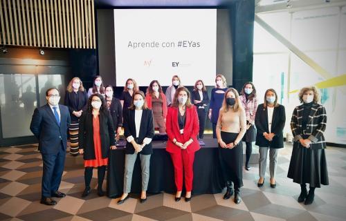 Acto de presentación del programa 'Aprende con #EYas'.