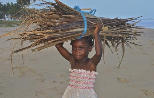 El cambio climático agrava situaciones de injusticia como el trabajo infantil.
