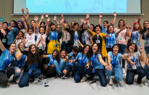 Foto final de las participantes en el evento anual de Women Techmakers Zaragoza