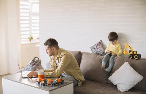 El informe 'Human Smart Working' aborda las nuevas formas de trabajar. (Imagen Freepik.com)