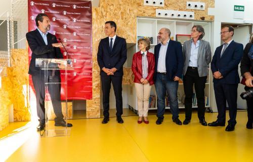 Andrés Conde interviene ante el presidente Pedro Sánchez y la ministra de Sanidad, Mª Luisa Carcedo.