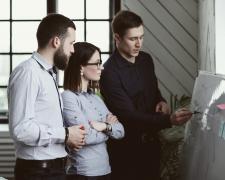 Más jóvenes se interesan por emprender debido a la Covid-19, según Acción contra el Hambre. (Foto: Racool-Studio)