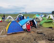 Millones de personas siguen huyendo a través de las fronteras